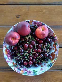 Местные свежие фрукты  - IMG_20180605_114555_HDR.jpg