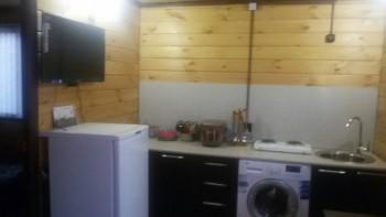 Предлагаем двухкомнатный деревянный домик со всеми удобствами - v0tM8y9l3QI.jpg